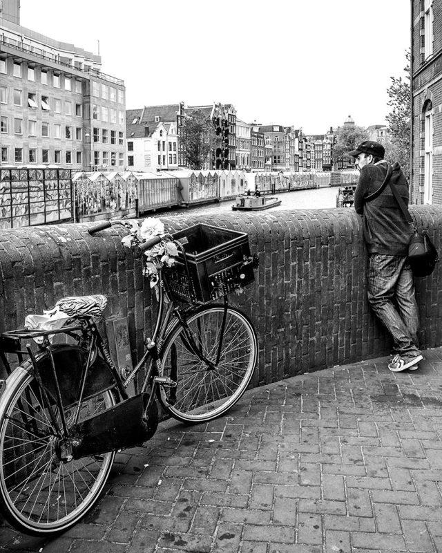 AMSTERDAM Pedal power monochrome