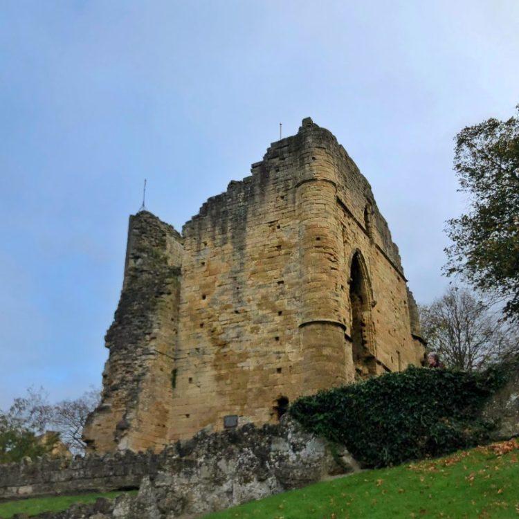 KNARESBOROUGH: Castle