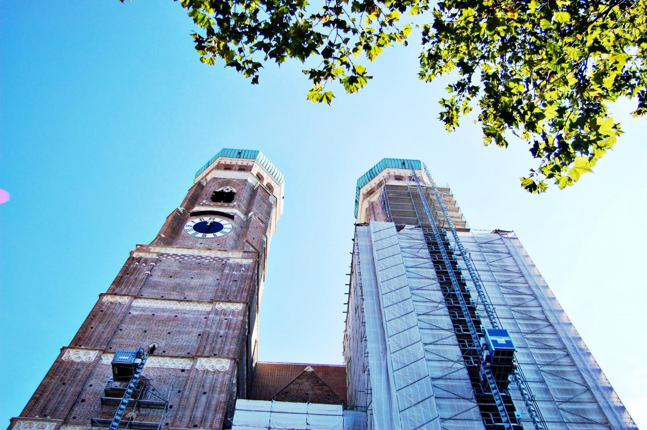 frauenkirche-towers-munich