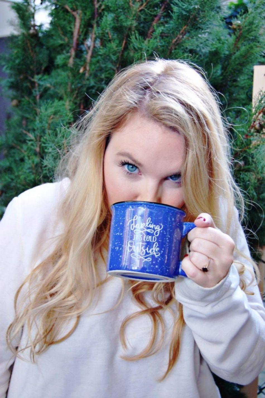 blue-mug-and-eyes