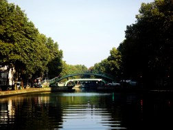 The Canal Saint Martin on the calmest day of all those I spent in Paris with my parents - even this one of my photos does not do the mood justice.