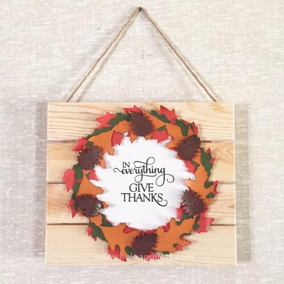 Fall Wreath Wood Plank | http://helengullett.com/?p=7821 | #creatingjoyfully #diy #handmadegift #papercrafting #fallwreath #woodplank #silhouettecameo #silhouetteamerica #sharehandmadekindness #creativesparklinkparty #inspirememonday #wordartwednesday #silhouettechallenges