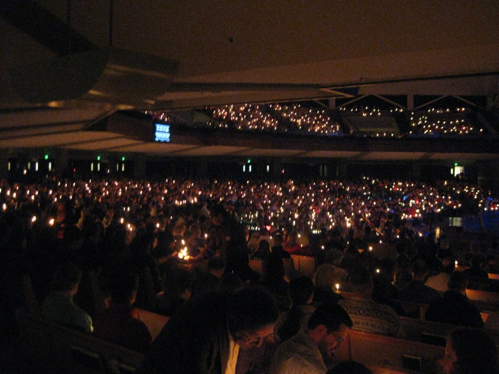 Thousands gather for Christmas Eve services a day before Christmas Eve. <br data-recalc-dims=
