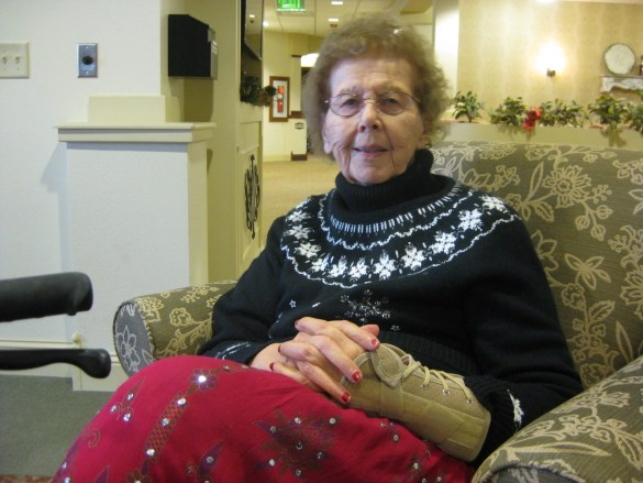 Mom will be 88 in January: going strong, so cheerful and kind, and sharp as a whip. When I grow up I want to be just like her... This is Christmas Day in Racine, Wisconsin. (BTW, at age 19 Mom was teaching in a one-room schoolhouse in the outback of northern Montana. She is just brimming with stories!)