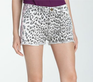 The Art of Accessorizing-HelenHou.com-CurrentElliott leopard print denim shorts-1
