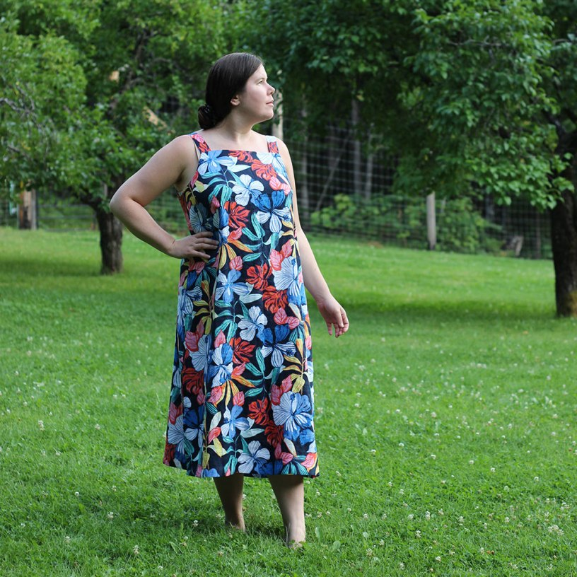 Long Floral Linen Dress by Helen's Closet