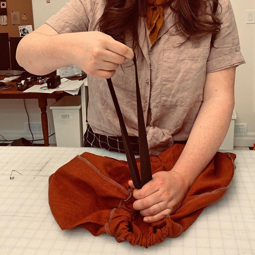 How to sew an elastic waistband