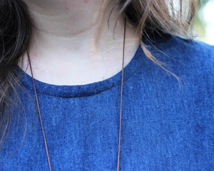 Ashton top hack in hemp denim. Close up of neckline binding.
