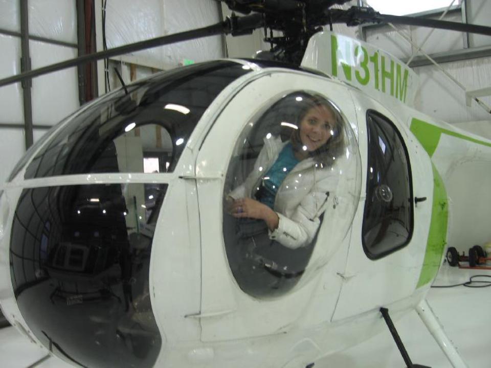 laura-flying