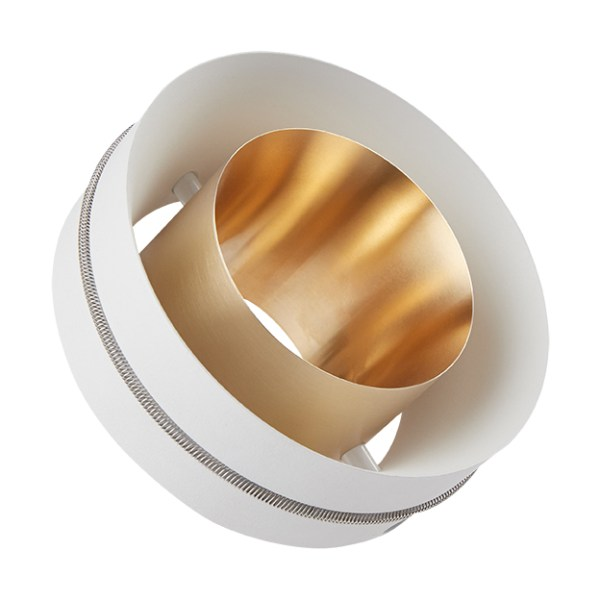 ONEA Storm Medium Short White Brass