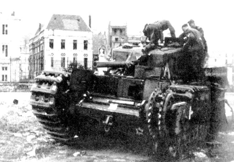 armata-umbrelor-rodica-bretin-2