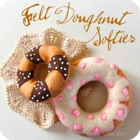 Tutorial : : Felt Doughnut Softie