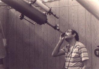 Ο Anthony με το διοπτρικό - 1981