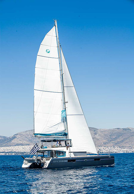 CATAMARAN-LUCKY-CLOVER-17