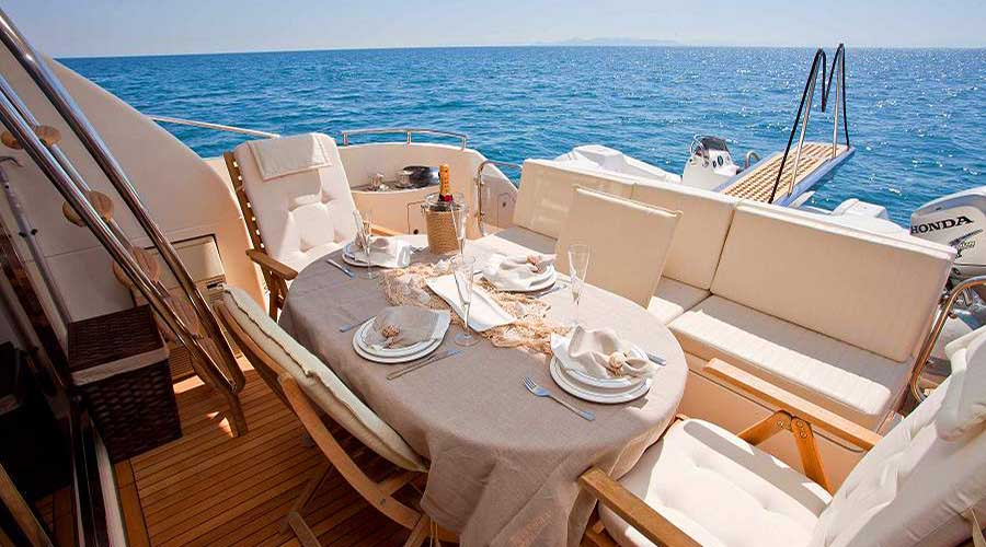 CHARTER-GREECE-MOTOR-YACHT-JOHNGINA-ELEANA-3
