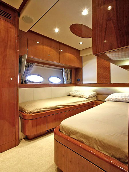 CHARTER-GREECE-MOTOR-YACHT-NELL-MARE-15
