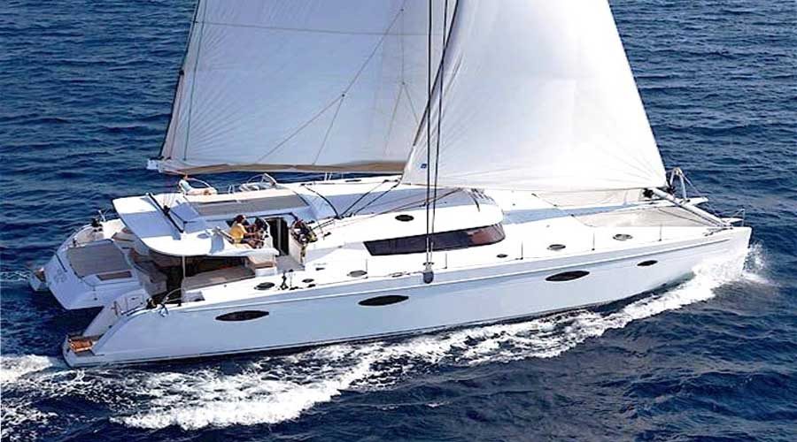 LUXURY-CATAMARAN-WORLD'S-END-3