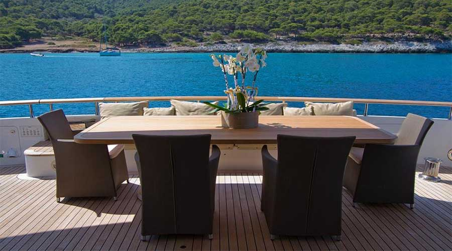 LUXURY-YACHT-CHARTER-GREECE-MABROOK-18