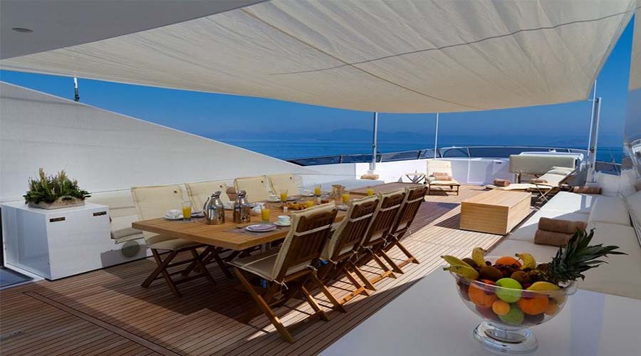 LUXURY-YACHT-CHARTER-GREECE-MABROOK-2