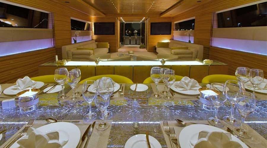 LUXURY-YACHT-CHARTER-GREECE-MABROOK-7