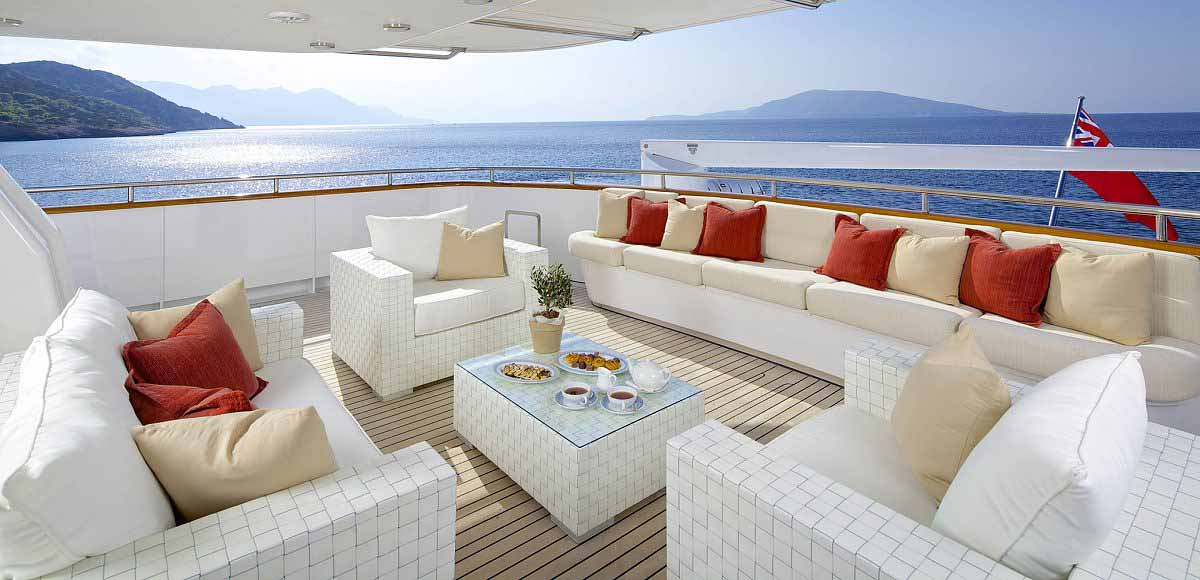 LUXURY-YACHT-LADY-ELLEN-11