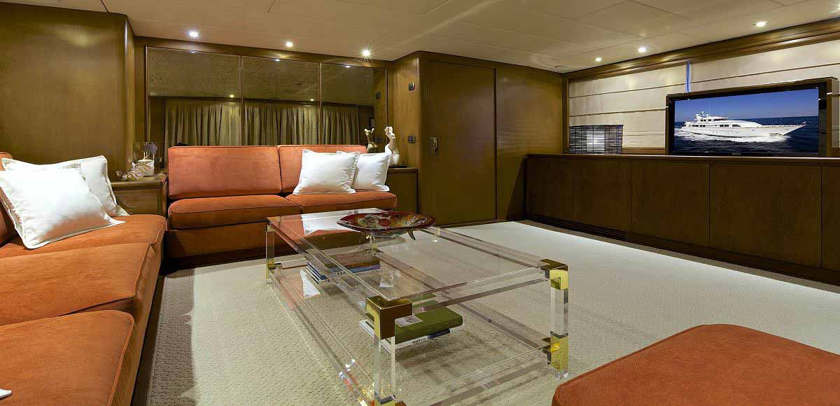 LUXURY-YACHT-LADY-ELLEN-18