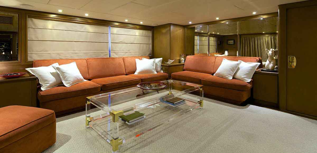 LUXURY-YACHT-LADY-ELLEN-19