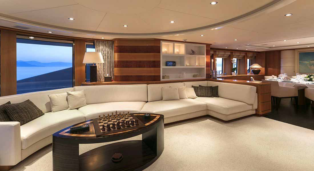 LUXURY-YACHT-L'EQUINOX-21