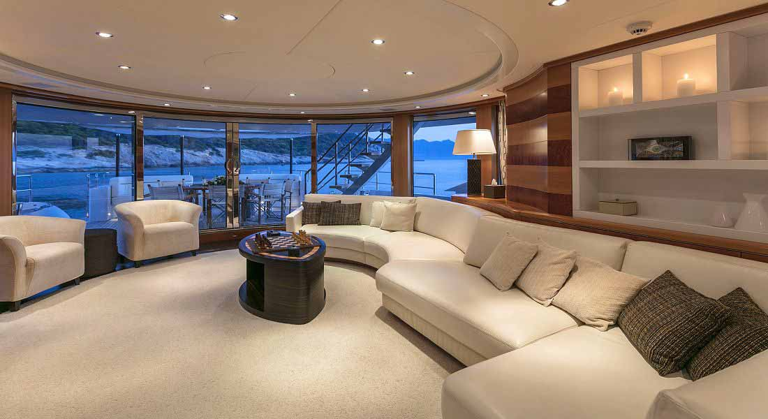 LUXURY-YACHT-L'EQUINOX-22
