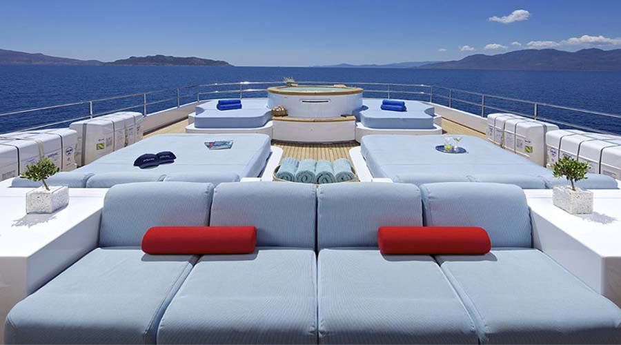 Super Motor Yacht O'CEANOS for Charter in Greece with HELLAS YACHTING