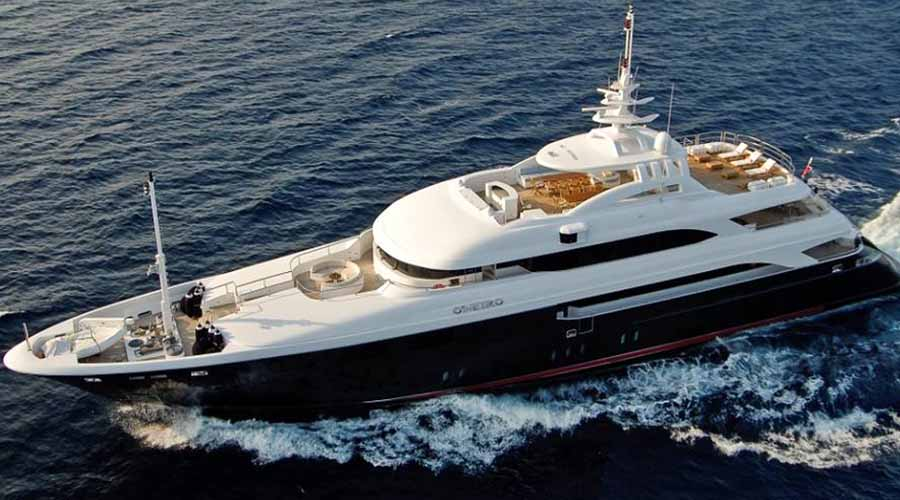 HELLAS YACHTING - Charter Motor Yacht in Greece O'NEIRO