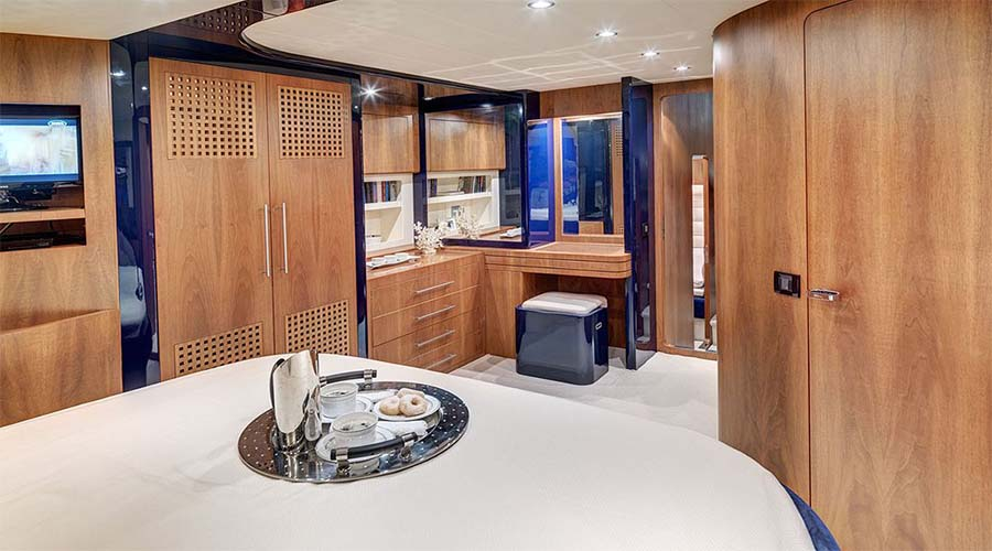 MOTOR-YACHT-SPACE-12