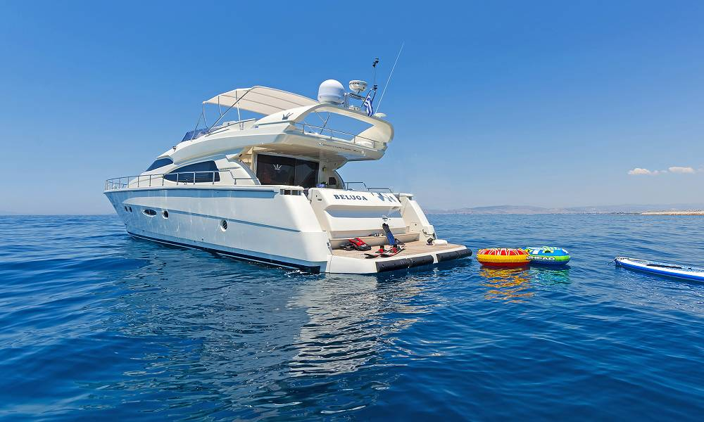 BELUGA - Charter Motor Yacht in Greece - HELLAS YACHTING