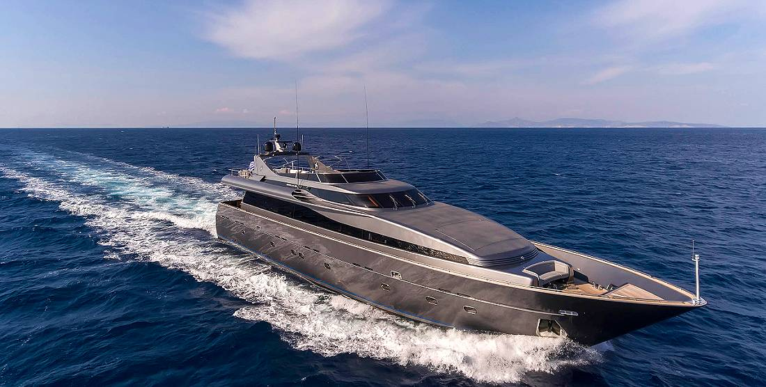 SUMMER DREAMS- Luxury Yachts Charter Greece-HELLAS YACHTING