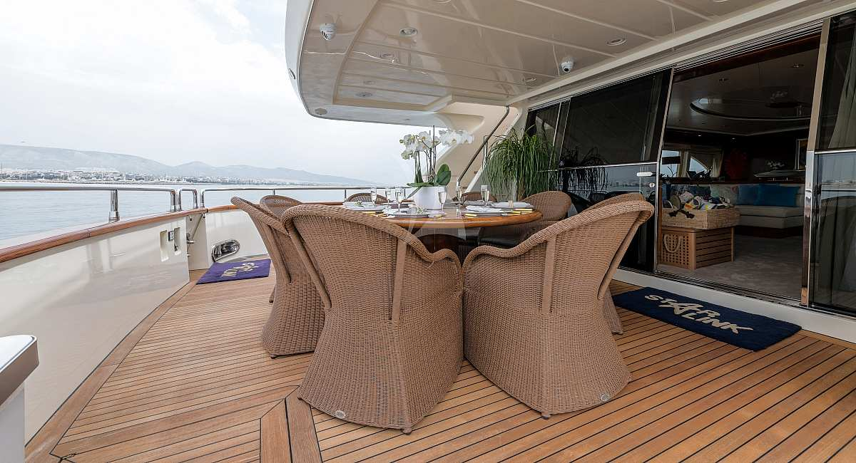 STAR LINK - Motor Yacht for Charter in Greece - HELLAS YACHTING