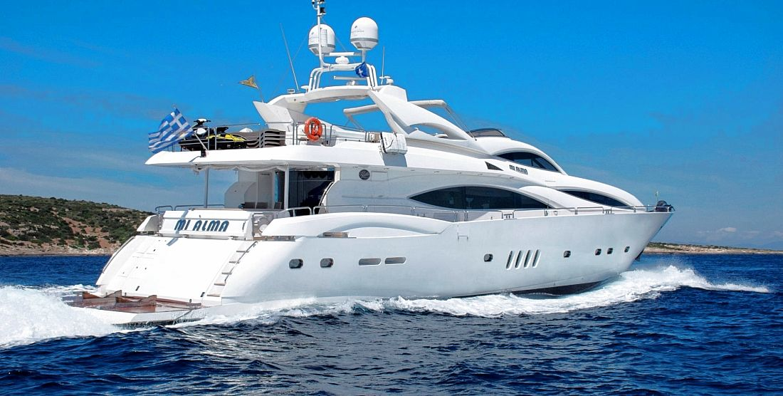 Motor Yacht MI ALMA for Charter in Greece - HELLAS YACHTING