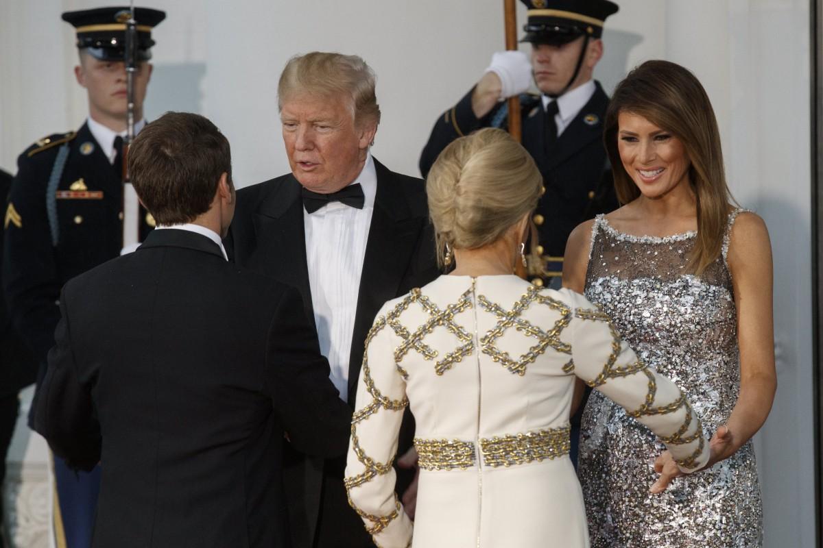 Η αποκάλυψη της επίσημης επίσκεψης του Μακρόν στον Λευκό Οίκο ήταν η Μελάνια Τραμπ