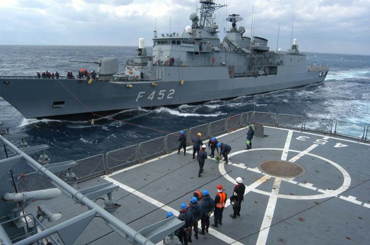 Το ναυτικό μας χρειάζεται φρεγάτες, λέει ο Καμμένος: Ανοιχτό το θέμα αύξησης της θητείας