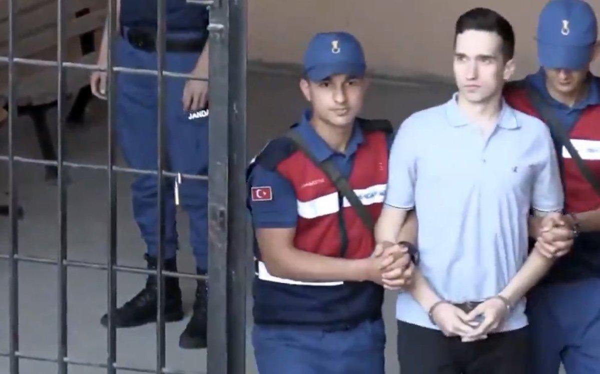 Με ψηλά το κεφάλι οι δύο Έλληνες στρατιωτικοί στα δικαστήρια της Αδριανούπολης (video)