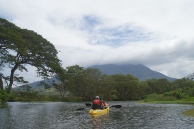 Rio Istián with volcan Maderas in the background