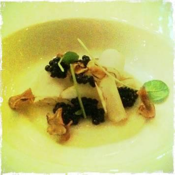 kaviar • jordskokk • brønnkarse [ jordskokk; puré, syltet, fritert, rå ]