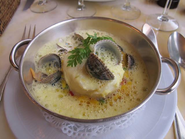 "Torsk med safranrisotto ""paella style""."