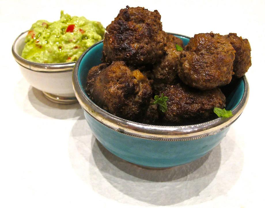 Tacokjøttboller med guacamole