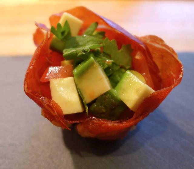 Avokado- og tomatfyll