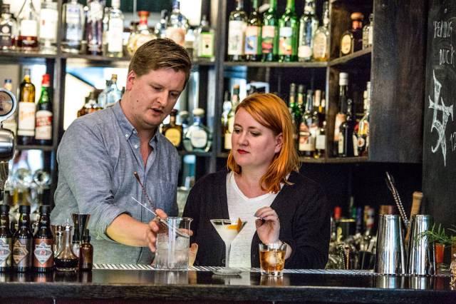 Takk for at du gå oss gode cocktail-opplevelser, Jesper!(Foto: Stian Broch/Diageo. Må ikke brukes uten tillatelse fra Diageo.)