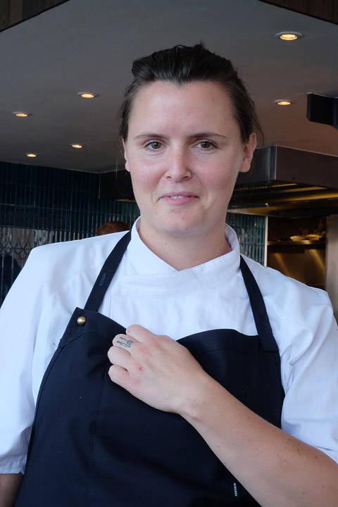 Dessertchef, Matilde Engelhardt Blixt. Sjekk den kule tatoveringen hun har på fingeren.