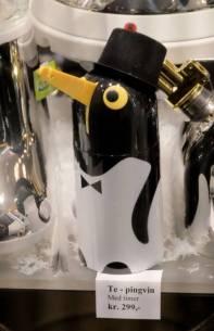 Pingvinte som fisker opp teposen?. Noe du ikke visste du trengte, kanskje?