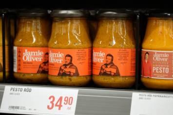 Jamie Olivers sortement. Du finner hele her.