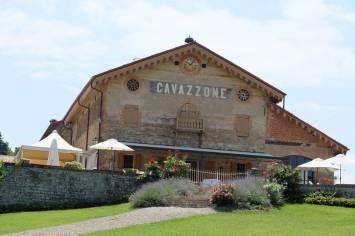 Cavazzone ligger nydelig til utenfor byen.