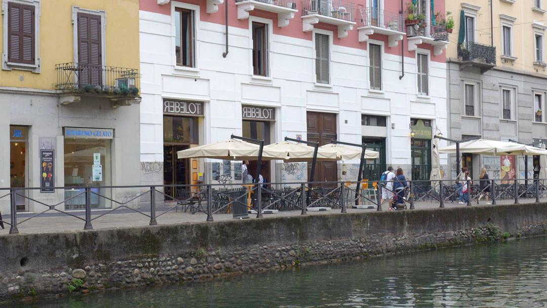 Her ligger Rebelot del pont med Al Pont de ferre ved siden av.